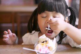 子供の肥満は親のせい?良い食事・お菓子の取りかたとは