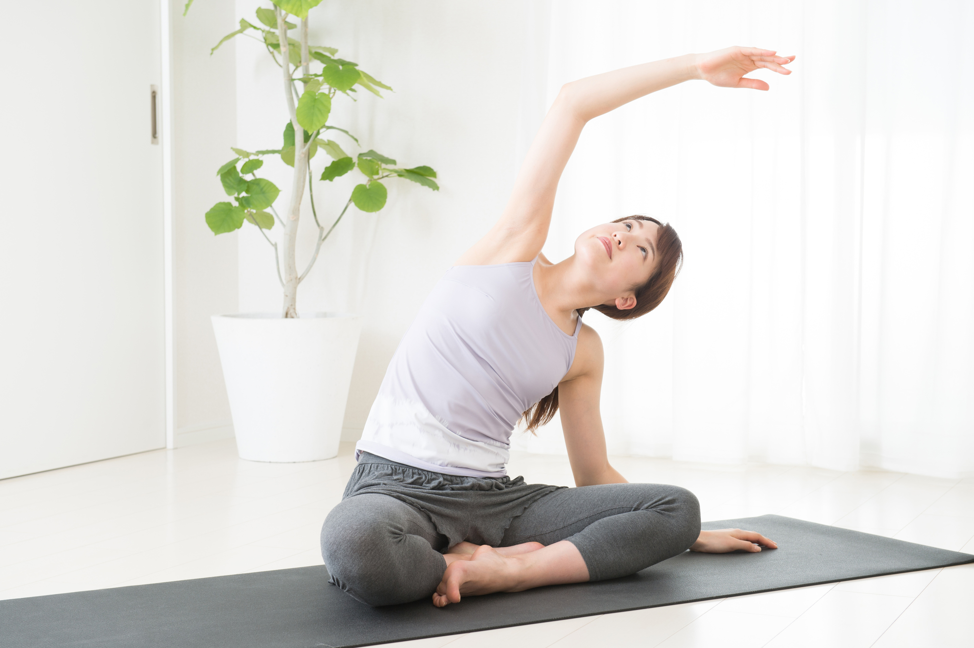 ヨガは腰痛に効果的?ヨガと腰痛の関係を解説