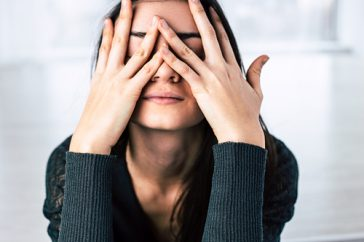 クラミジアの原因がわからない…ストレスや疲れで発症することってあるの?