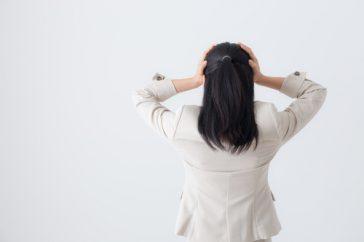 肝斑の原因はシミと同じ?ストレスが原因になることもあるって本当?
