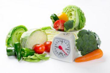 1日あたりの食物繊維の摂取量ってどのくらい?