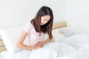 胃潰瘍ってどんな病気?繰り返すと胃がんになる可能性が高くなる?