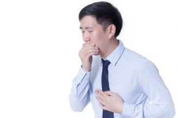 低血糖で吐き気もすることがあるの?どうすれば吐き気をしのげる?