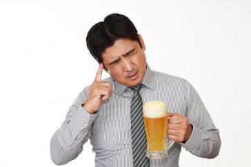 肝臓がんになると、どんな初期症状が出てくる?発症はお酒のせい?