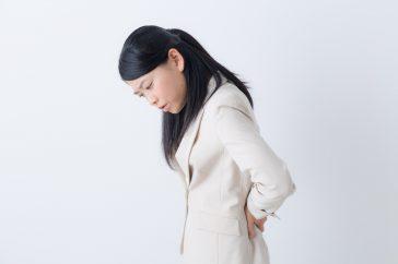 腎臓の調子が悪くなると、どんな症状が出てくる?腰や背中は痛む?