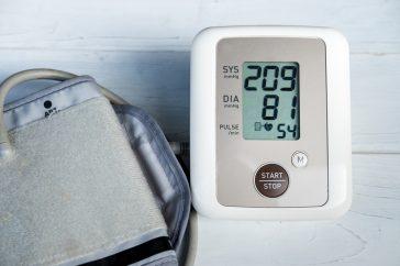 腎臓が悪くなる原因に、高血圧や糖尿病が関係しているって本当?