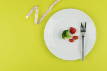 糖質制限ダイエットが隠れメタボの原因に!?