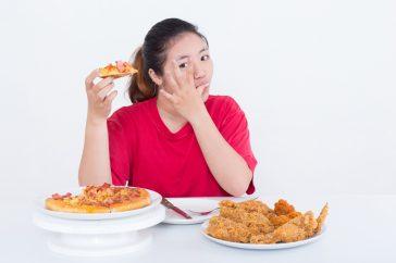脂質異常症と診断されたら、食べてはいけないものってどんなもの?