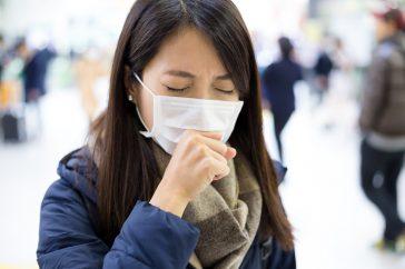 風邪は治ったはずなのに…。咳が続いて気管のあたりが痛いのはなぜ?