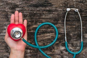 心臓弁膜症と診断されたら、どんな治療を受けるの?