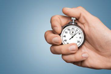 心肺停止の人を助けるための時間はどのくらいある?